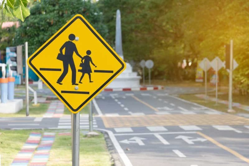 school-zone-crossing
