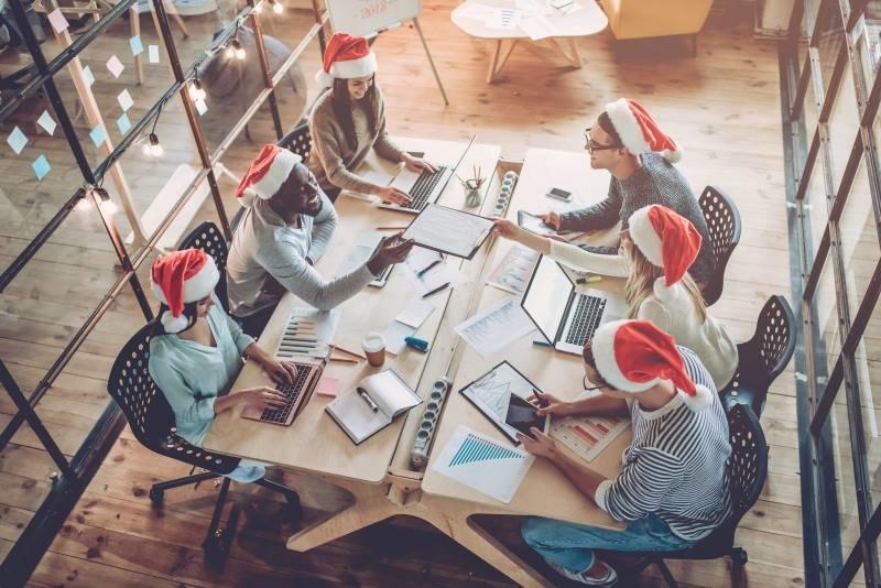 workers-meeting-christmas